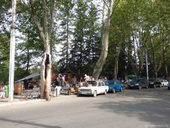 Антиквариат на блошином рынке в Тбилиси