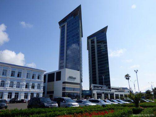 Башни отеля Hilton в Батуми