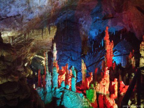 Чудеса пещеры Прометея в Кутаиси