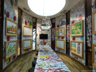 Детская комната в Макдональдсе Батуми