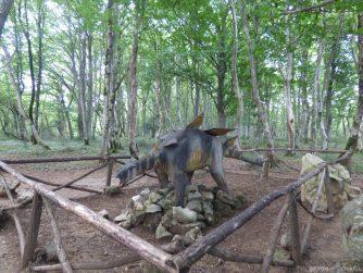 Динозавры в заповеднике Сатаплия