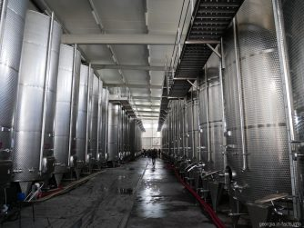 Экскурсия по винному заводу в Кахетии, Грузия