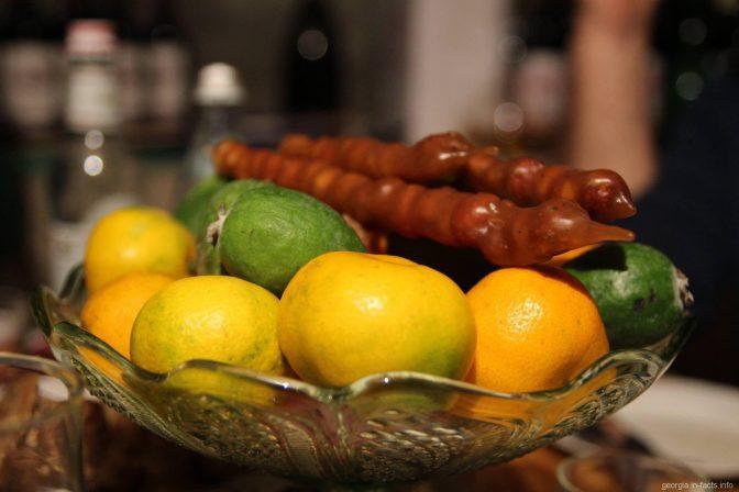 Фейхоа, мандарины и чурчхела прямо из Грузии