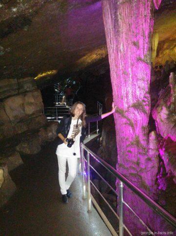 Фотографируемся в пещере Сатаплия