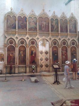 Главный алтарь Успенской церкви