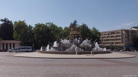 Колхидский фонтан в центре Кутаиси