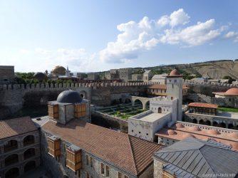 Красивая крепость Рабат, экскурсия из Тбилиси