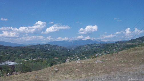 Красивые пейзажи окрестностей Гелати