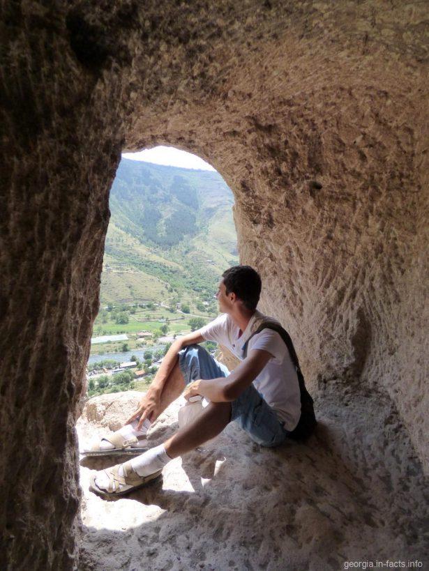 Красивые виды из пещер Вардзии