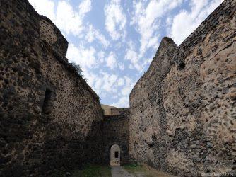 Крепость Хертвиси внутри, Ахалцих