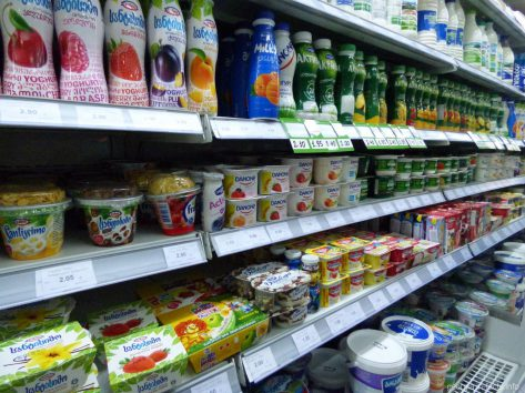 Молокопродукты на полках магазинов Тбилиси