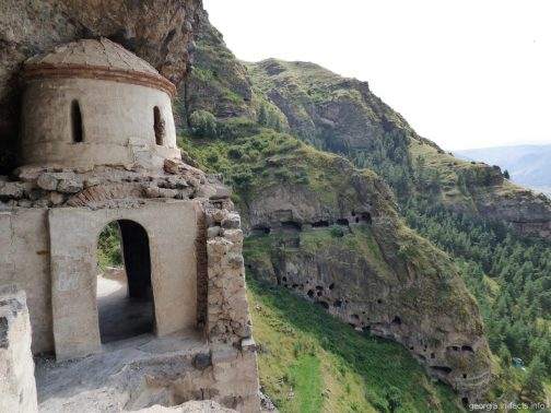 Монастырь Ванис Квабеби в Грузии (Ахалцихе)