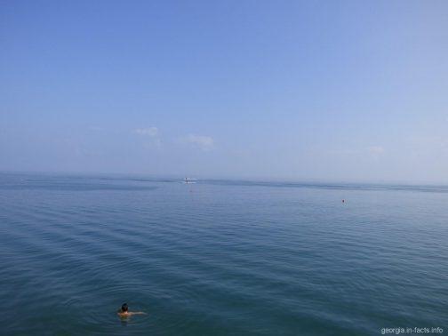 Море в Батуми