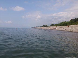 Море у берегов батумского ботанического сада