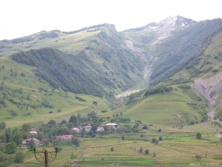 Одна из остановок на Военно Грузинской дороге