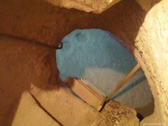 Опасная лестница в Вардзии