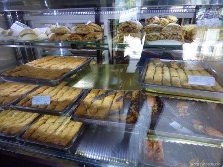 Пахлава и другие сладости из Грузии