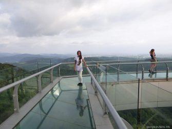 Прозрачный мост в Сатаплия