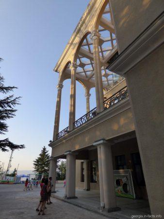 Ресторанный комплекс Фуникулер в Тбилиси