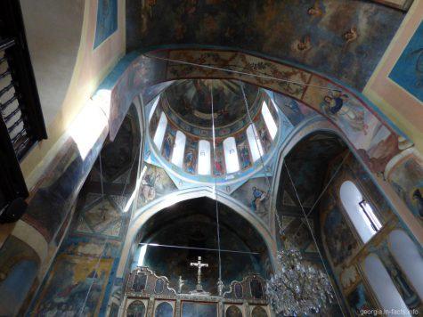 Росписи на стенах церкви Сурб Геворг в Тбилиси