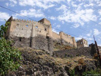 Старинная крепость Хертвиси