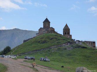 Церковь Гергети на Военно Грузинской дороге