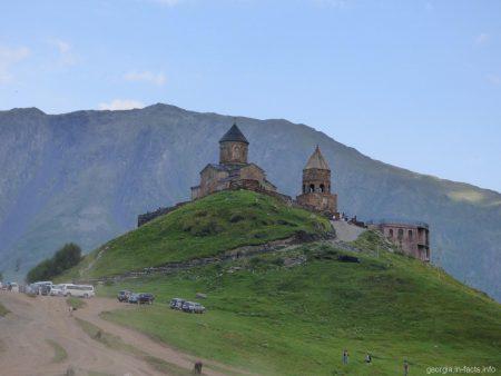 Церковь Гергети в Казбеги