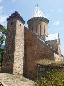 Успенская церковь и башня 13 века