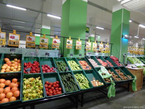 В супермаркете Goodwill в Батуми