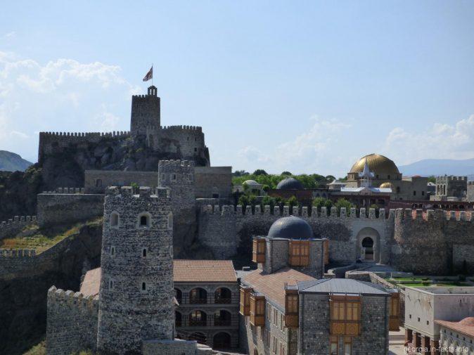 Вид на крепость Рабат со сторожевой башни