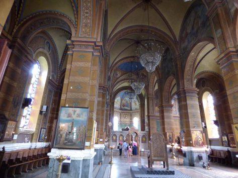 Внутреннее убранство кафедрального собора Пресвятой Богородицы в Батуми