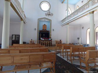 Внутри батумской синагоги