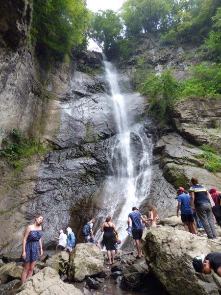 Водопад Махунцети во всей красе