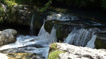 Водопады в каньоне Мартвили