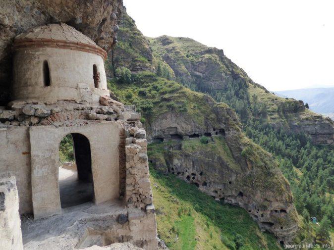 Монастырь Ванис Квабеби в Грузии