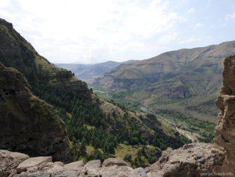 Виды с вершины монастыря Ванис Квабеби в Грузии