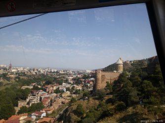 Стены крепости Нарикала в Тбилиси