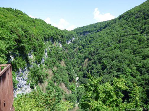 Ущелье Окаце с главной обзорной площадки, Грузия