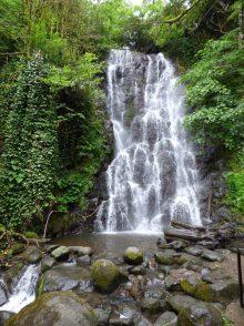 Водопад Мирвети на экскурсии по Мачахеле