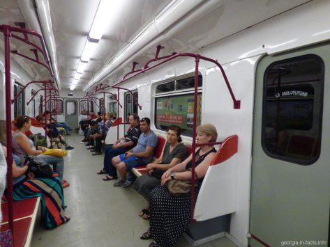Вагон метро в Тбилиси