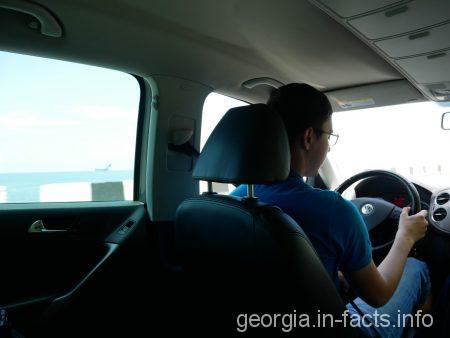 Арендованное нами авто в Грузии