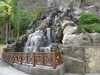 Искусственный водопад в Боржоми, Грузия
