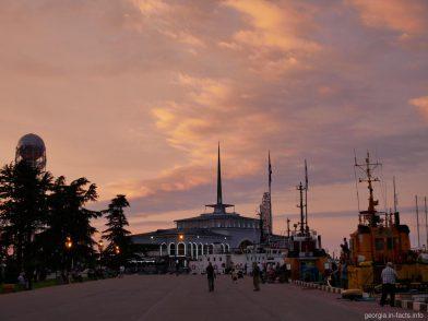 Батумский порт, Грузия