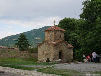 Часовня Святой Нино на территории Самтавро, Мцхета, Грузия