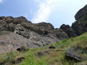 Монастырь высоко в горах, Ванис Квабеби, Грузия