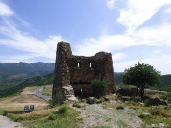 Руины древнего храма рядом с Джвари, Грузия