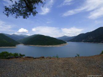 Жинвальское водохранилище на Военно Грузинской дороге