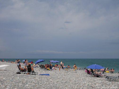 Заполненность батумских пляжей летом, Грузия