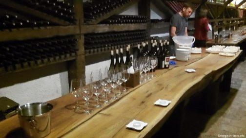 Дегустация грузинских заводских вин