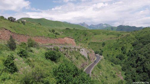 Дороги Грузии летом